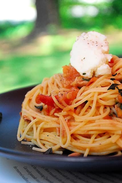 Spicy Tuna And Tomato Pasta