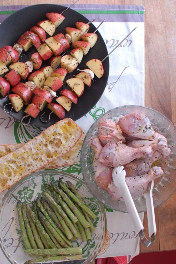 Grilled Chicken Legs, Potatoes And Asparagus