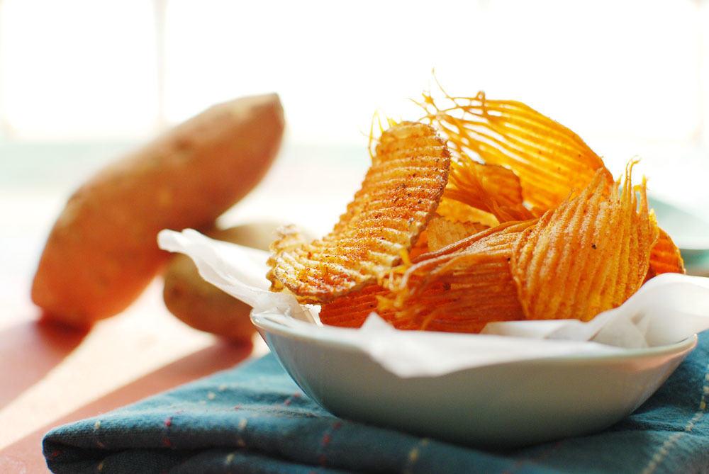 Homemade Ruffles BBQ Potato Chips