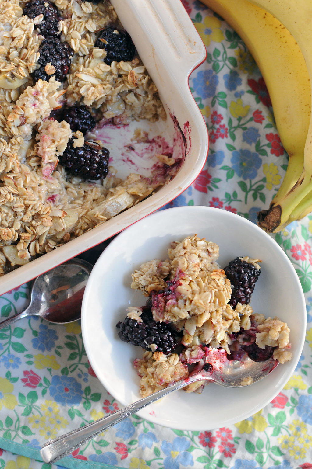 Banana And Blackberry Baked Oatmeal