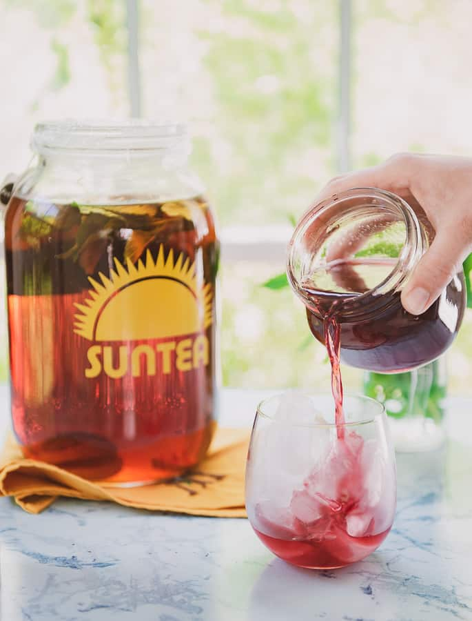 Sun Tea With Blackberry Syrup