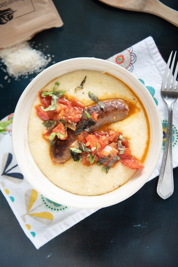 Cheddar Cheese Grits With Italian Sausage